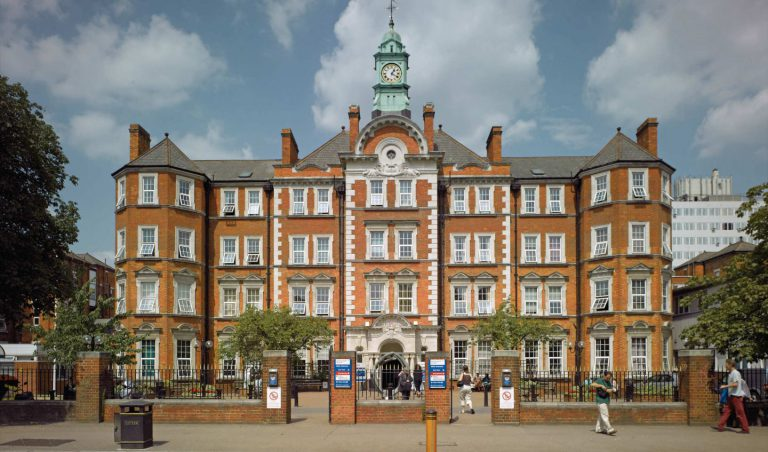 The Imperial College Healthcare – Auchie Renal Dialysis Unit